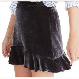 Madewell velvet flouncy skirt